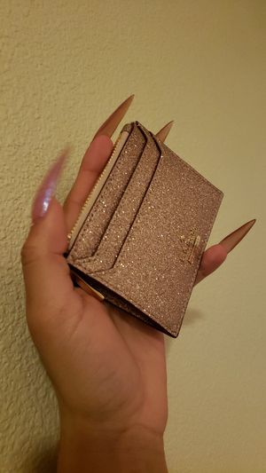 Authentic Kate Spade Rose Gold Burgess Court Lalena card holder for Sale in Aloha, OR
