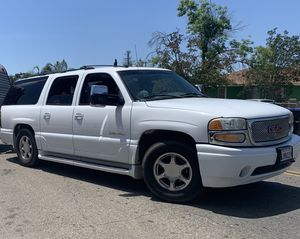 GMC Yukon Denali XL for Sale in Visalia, CA