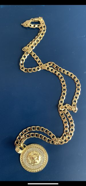 14k gold 6mm cuban chain and diamond lion face charm for Sale in Tampa, FL