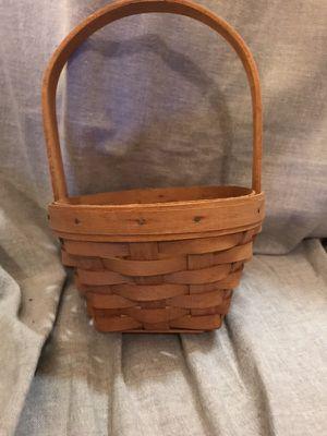 Small 1993 Longaberger Easter Basket for Sale in Lilburn, GA