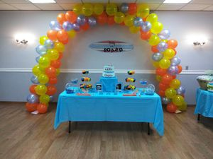 balloon arch 90.00 for Sale in TEMPLE TERR, FL