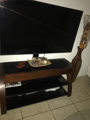 Tv stand for Sale in Miami Gardens, FL