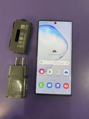 Samsung galaxy note 10 256 gb unlocked, store warranty for Sale in Medford, MA