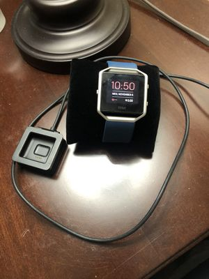 Fitbit blaze with extra band for Sale in Downey, CA
