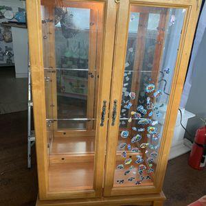 Dresser W / Light for Sale in VA, US
