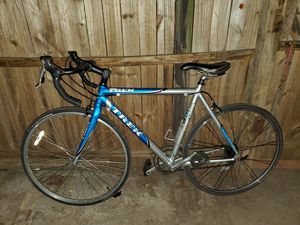 Trek road bike Discovery Channel Edition for Sale in Gulfport, FL