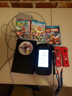 Nintendo Wii U bundle with 4 games including Mario kart and super smash for Sale in Winter Park, FL