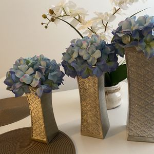Dublin Flower Vase Set of 3 - Centerpieces for Dining Room Table for Sale in Baltimore, MD