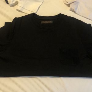 Louis Vuitton Classic T-Shirt for Sale in Los Angeles, CA