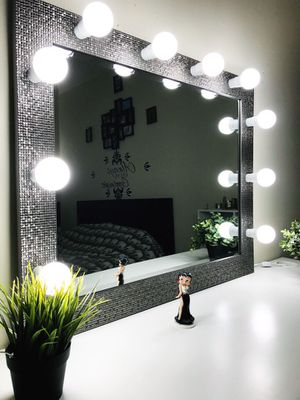 New professional makeup vanity mirror for Sale in Elgin, IL