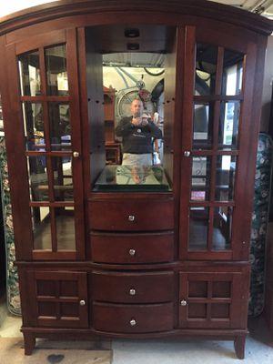 Curio Cabinet for Sale in Chesapeake, VA