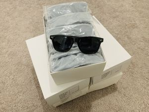 Wholesale 100 Sunglasses Wayfarer style $1.50 each for Sale in Princeton, FL
