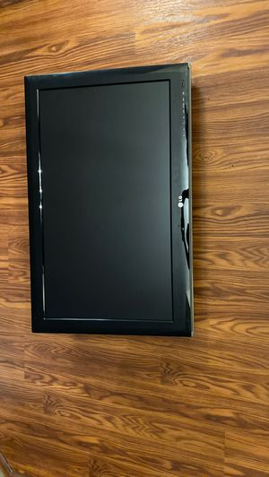 LG 32 inch TV with mount for Sale in South Windsor, CT