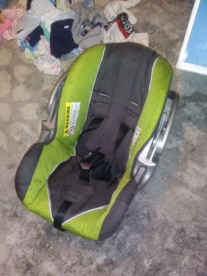 Baby car seat exsperation year 22 for Sale in Bristol, TN