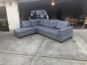 Sectional couch pending for Sale in Mill Creek, WA