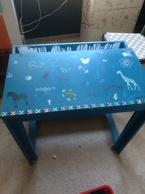 Kids Wooden Hand Painted Zoo Animal School Desk for Sale in Tacoma, WA