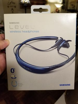 Samsung wireless headphones for Sale in Queens, NY