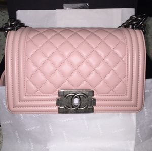 AUTHENTIC Chanel Pink Lambskin leather bag for Sale in Winter Park, FL