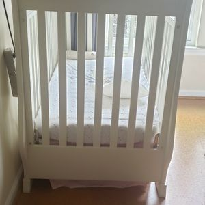 Pottery Barn Baby Crib for Sale in Annandale, VA