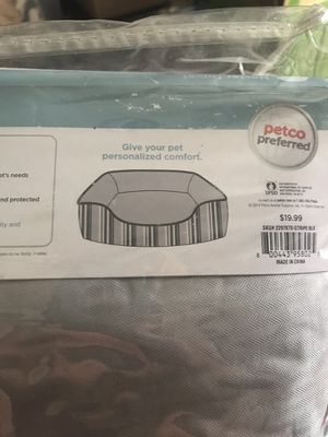 Pet bed cover for Sale in CHRISTIANSBRG, VA