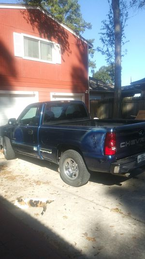 2000 Chevy Silverado Single cab for Sale in Houston, TX