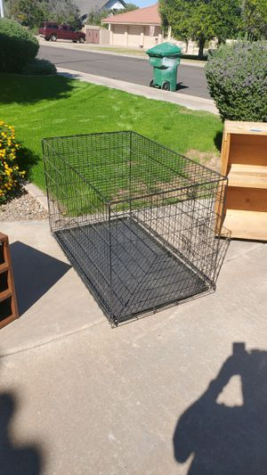 Large Dog Kennel....29 w 48 d 31 tall for Sale in Mesa, AZ
