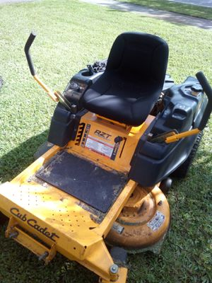 """Looking to trade both for 1 zero turn 34"""" or 36"""" for Sale in Oakland Park, FL"""