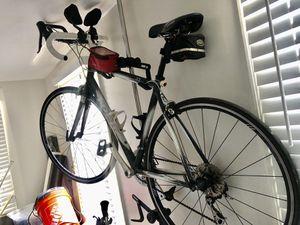 Trek 2.1 women's specific road bike 54' for Sale in Atlanta, GA
