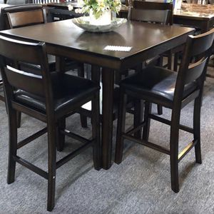 (BRAND NEW) 5- PC Breakfast Kitchen Dining Table for Sale in Houston, TX