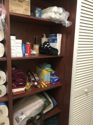 Closet Shelve for Sale in Miami, FL