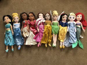 Set of 10 Disney Princess Plush dolls in excellent condition for Sale in Hayward, CA
