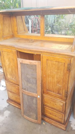 Free oak cabinet needs work for Sale in Commerce, CA