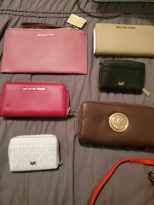 Michael Kors Wallets for Sale in Dallas, TX