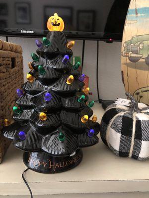Mr Halloween 🎃 Ceramic tree for Sale in Chandler, AZ