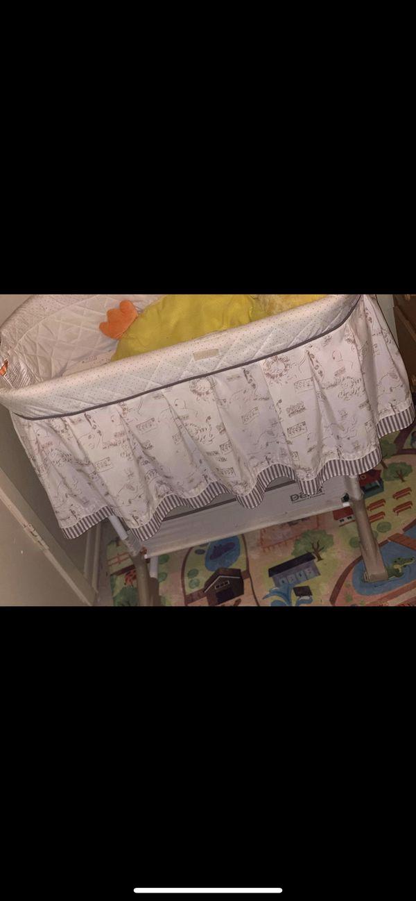 Baby Stuff , •Car seat • BasketNet