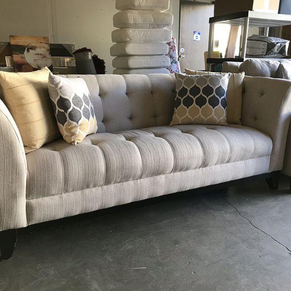 Gorgeous fabric sofa w Classy Lines