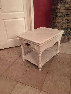 """Table / end table / side table / solid wood 28""""x21"""" and 21"""" tall for Sale in Glendale, AZ"""