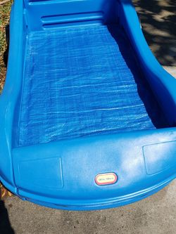 Little Tikes Toddler Bed for Sale in Cape Coral,  FL
