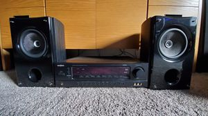 Insignia stereo receiver and speakers for Sale in Newberg, OR