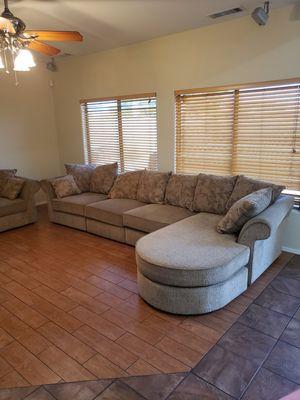 CLEAN sofa set for Sale in Laveen Village, AZ