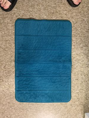 Memory foam bathroom rug-small for Sale in Odessa, TX