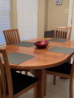Skovby Teakwood Table w/ Leaf Extension 6 Chairs for Sale in Saint Charles,  MO