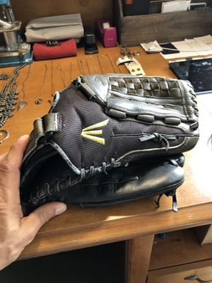 """Easton Men's Baseball Outfielders Glove! 14"""" Used for Sale in Torrance, CA"""
