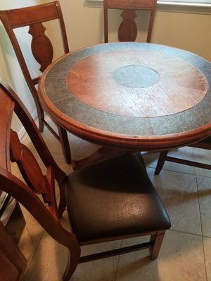 Dining room table with 4 chairs for Sale in Brightwaters, NY