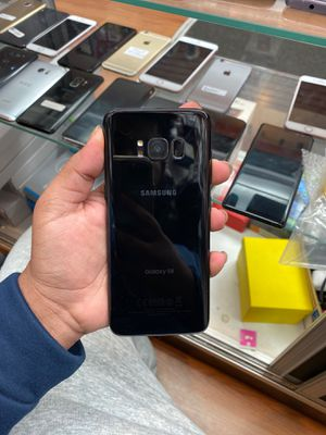 Samsung galaxy s8 64gb factory unlocked (ITS A STORE) for Sale in The Bronx, NY