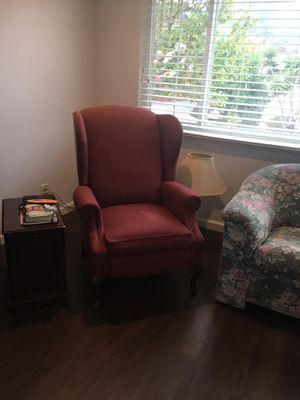 Free couch and 2 lounge chairs for Sale in Richmond, CA