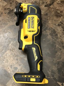 DeWalt ATOMIC 20-Volt MAX Cordless Brushless Oscillating Multi-Tool (Tool-Only) for Sale in Happy Valley,  OR