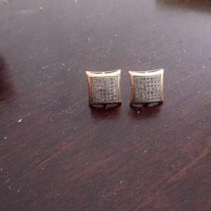 Gold diamond earings for Sale in Phoenix, AZ