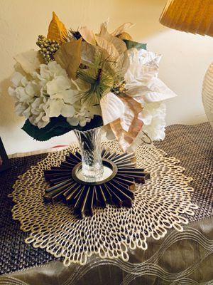 Artificial flower arrangement with vase for Sale in Gainesville, FL