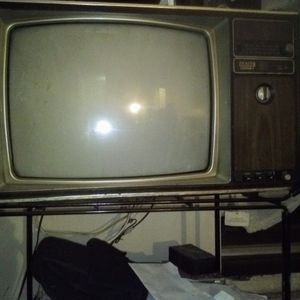"19"" Zenith System 3 Color TV With AW/FM. Radio for Sale in Brooklyn, NY"